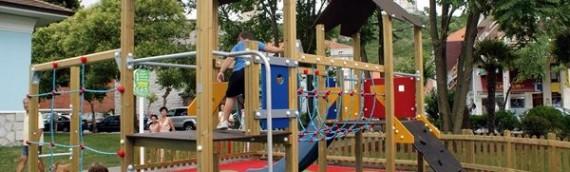 Instal·lar parquets en parcs infantils