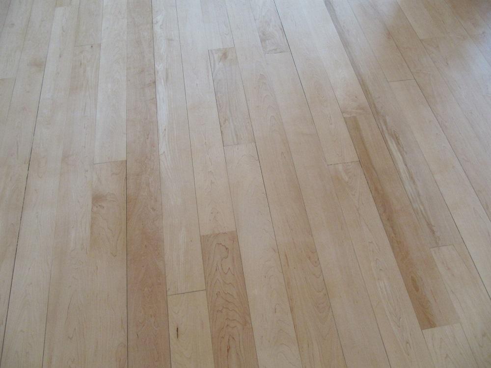 Tarima maciza de madera para interior y exterior parquets tejada - Tarima madera interior ...
